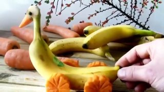 ایده هنری و جالب با میوه موز