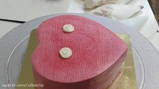 اینم یه کیک آرایی زیبا