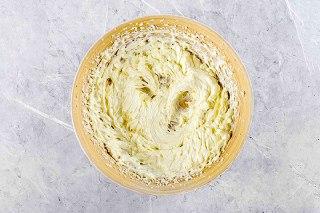 تصویر چیزکیک پنیر خامه ای