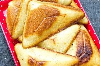 تصویر کیک با ساندویچ ساز