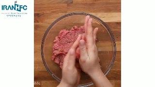 توپ های گوشت با نان سیر