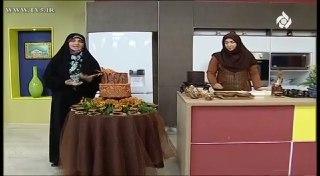خانم احمدی اموزش دکور کیک
