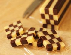 شیرینی شطرنجی