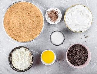 عکس چیز کیک شکلاتی یخچالی مواد
