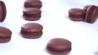 ماکارون فرانسوی شکلاتیشیرینی