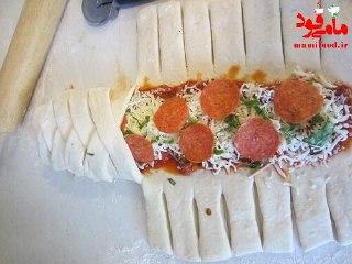 پیتزا پپرونی گیس شده
