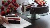 کیک توت فرنگی با شکلات