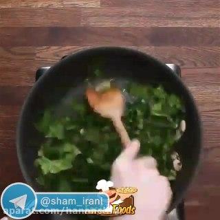 یک غذای و سریع با مرغ