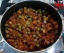 پیراشکی گوشت و سیب زمینی سرخ کرده