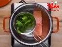 ماکارونی با ماهی سالمون و سبزیجات