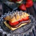 شیرینی ناپلئونی توت فرنگی و شکلات